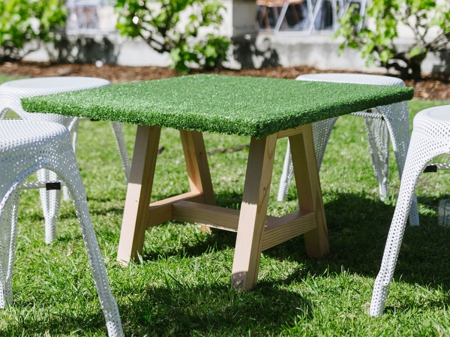 Captivating Oregon Grass Coffee Table